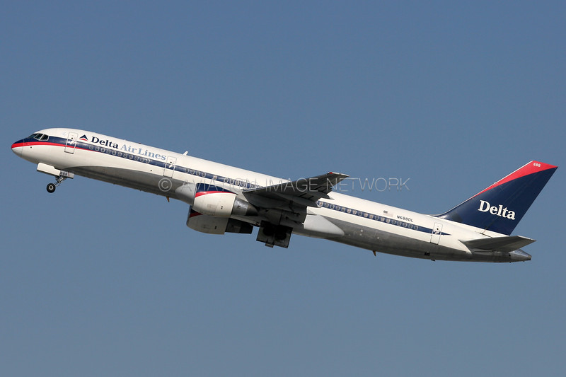 N688DL | Boeing 757-232 | Delta Airlines