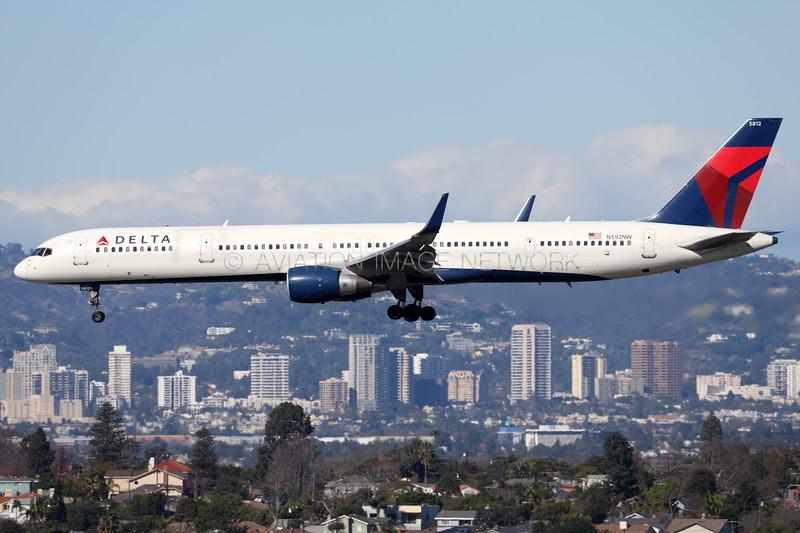 N592NW | Boeing 757-351 | Delta Air Lines