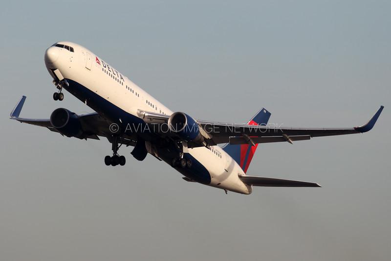N178DN | Boeing 767-332/ER | Delta Air Lines