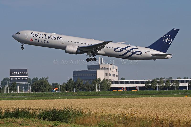 N844MH | Boeing 767-432/ER | Delta Air Lines