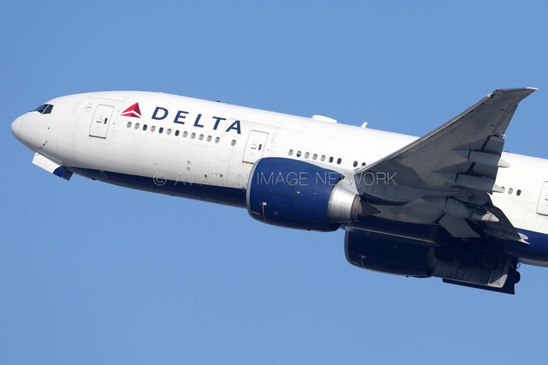 N710DN   Boeing 777-232/LR   Delta Air Lines