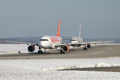 G-EZIE | G-TTIE | Airbus A319-111 | Airbus A321-231 | easyJet | British Airways