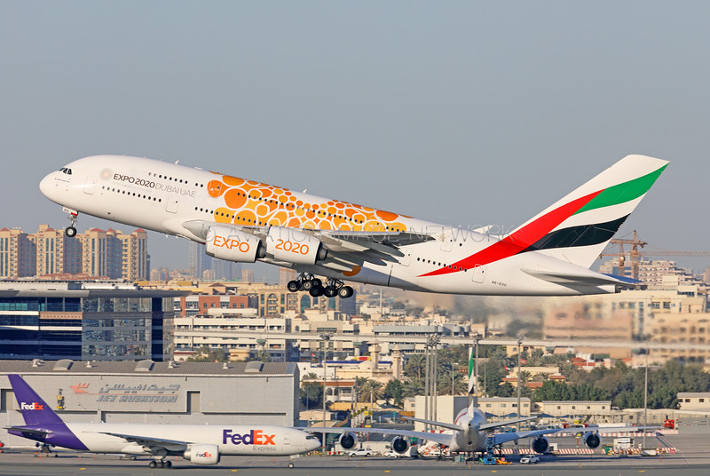 A6-EOU   Airbus A380-861   Emirates