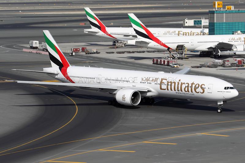 A6-EBR   Boeing 777-31H/ER   Emirates