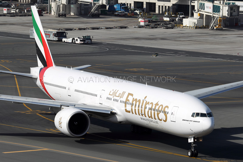 A6-EBF   Boeing 777-31H/ER   Emirates