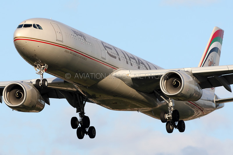 A6-AFB | Airbus A330-343 | Etihad Airways