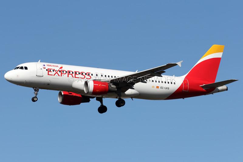 EC-LKG   Airbus A320-214   Iberia Express