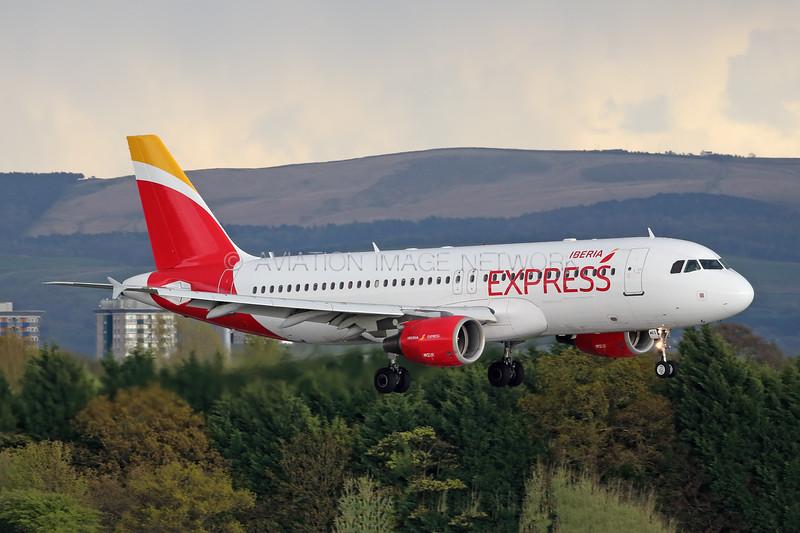 EC-MEG   Airbus A320-214   Iberia Express
