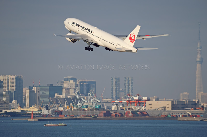 JA8977 | Boeing 777-289 | JAL - Japan Airlines