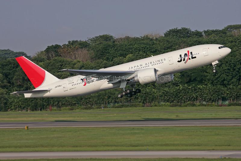 JA709J | Boeing 777-246/ER | JAL - Japan Airlines