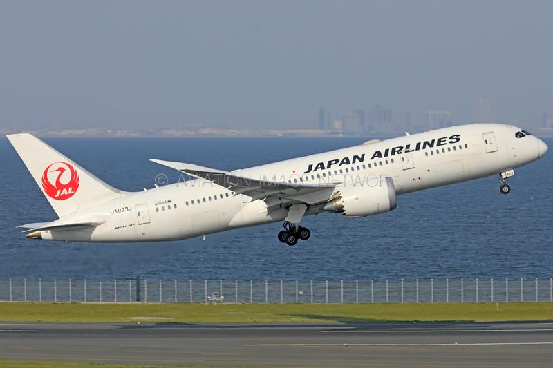 JA823J | Boeing 787-8 | JAL - Japan Airlines