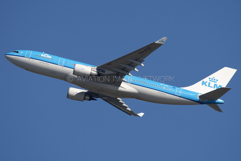 PH-AOK   Airbus A330-203   KLM