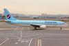 HL7567   Boeing 737-86N   Korean Airlines