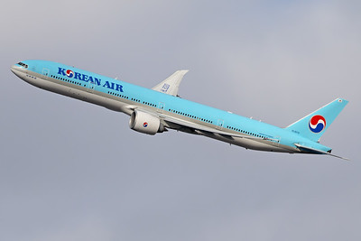 HL8210 | Boeing 777-3B5/ER | Korean Air