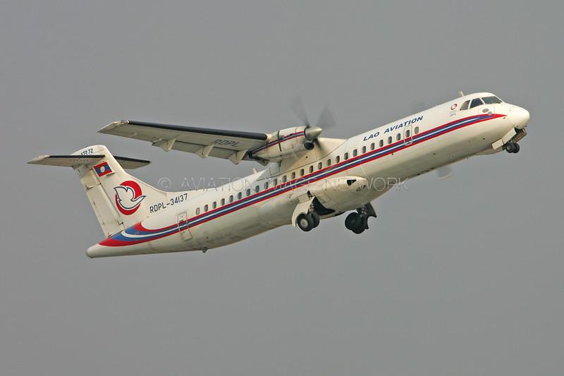 RDPL-34137 | ATR 72-202 | Lao Aviation