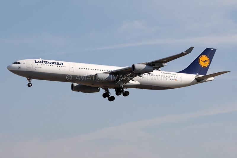 D-AIFD   Airbus A340-313   Lufthansa