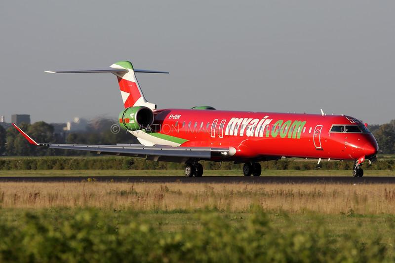 EI-DUM   Bombardier CRJ-900ER   MyAir.com
