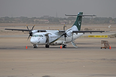 AP-BHH | ATR 42-500 | PIA - Pakistan International Airlines