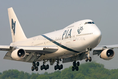 AP-BAT | Boeing 747-240/B | PIA - Pakistan International Airlines