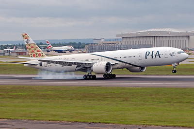 AP-BID | Boeing 777-340/ER | PIA - Pakistan International Airlines