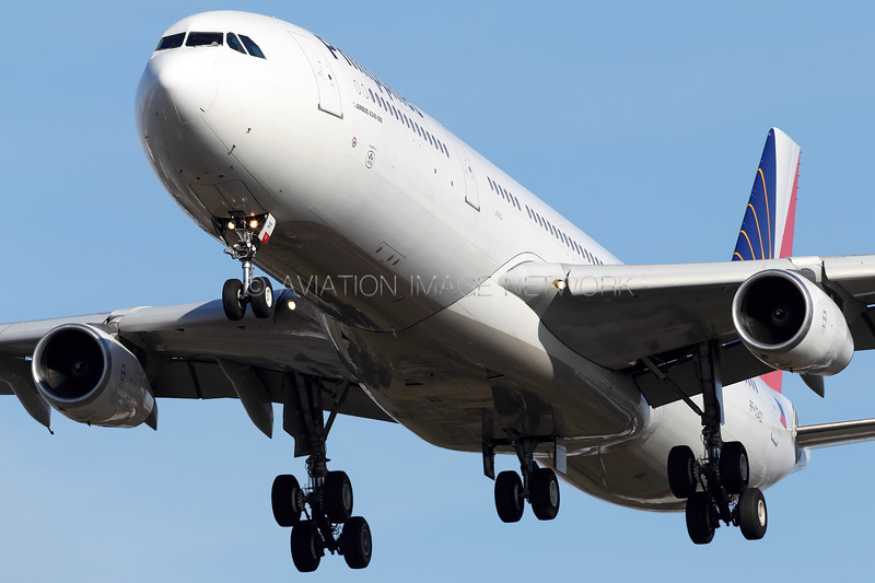 RP-C3437   Airbus A340-313X   Philippine Airlines