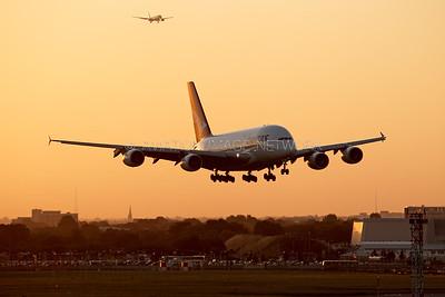 VH-OQB | Airbus A380-842 | Qantas