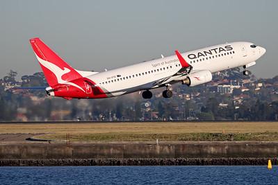 VH-VYD   Boeing 737-838   Qantas