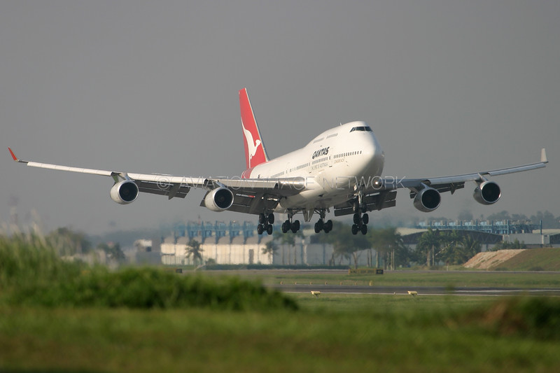 VH-OJH   Boeing 747-438   Qantas