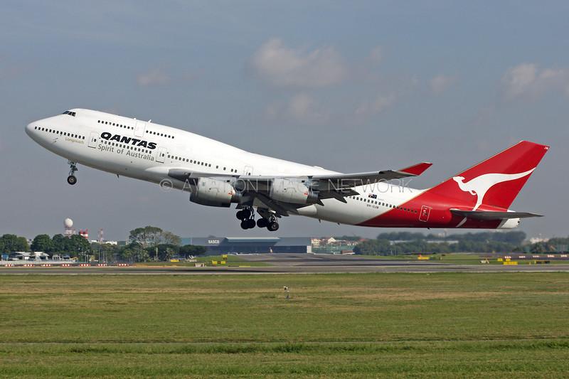 VH-OJM   Boeing 747-438   Qantas