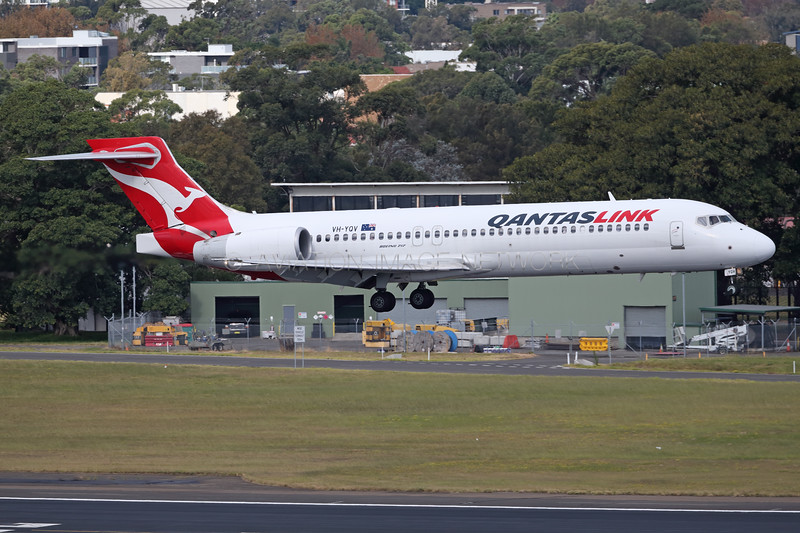 VH-YQV | Boeing 717-2BL | QantasLink