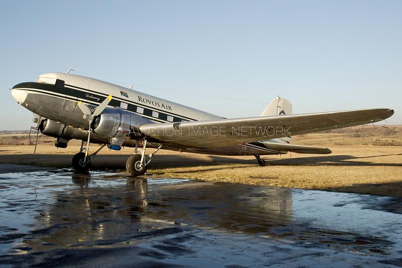 ZS-CRV   Douglas DC-3   Rovos Air