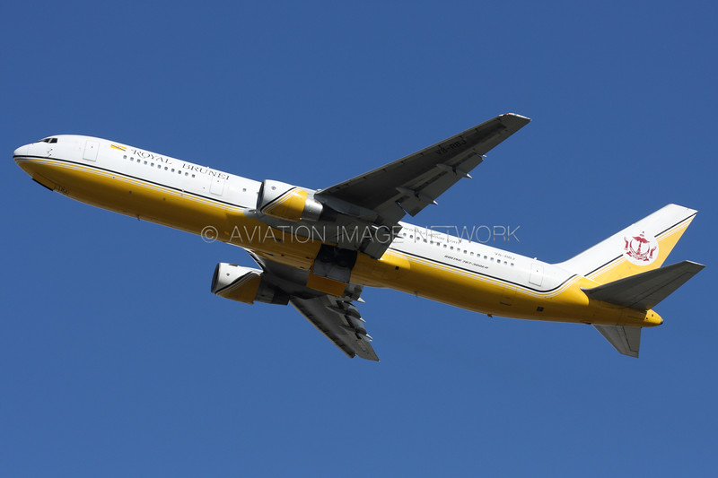 V8-RBJ | Boeing 767-33A/ER | Royal Brunei Airlines