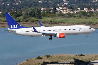 LN-RGC   Boeing 737-86N   SAS - Scandinavian Airlines