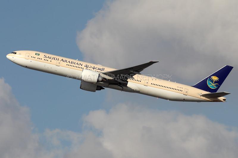 HZ-AK18 | Boeing 777-368/ER | Saudia
