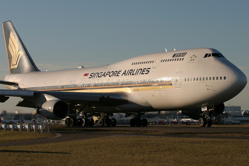 9V-SMW | Boeing 747-412 | Singapore Airlines