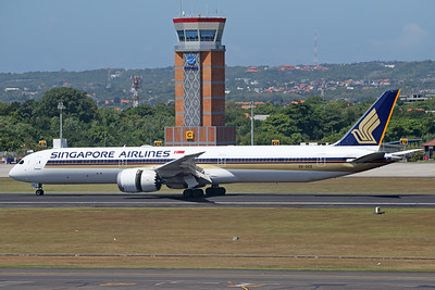 9V-SCE   Boeing 787-10   Singapore Airlines