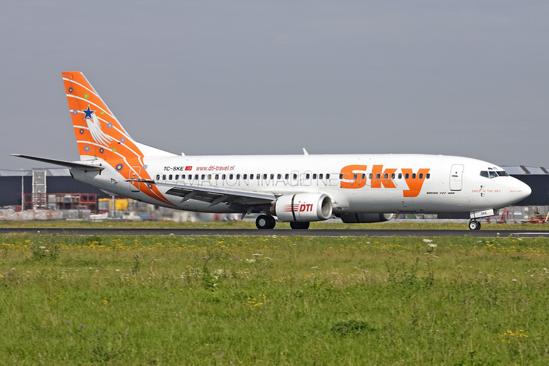 TC-SKE | Boeing 737-4Q8 | Sky Airlines