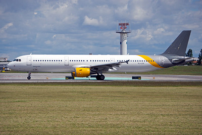 YL-LCX | Airbus A321-211 | SmartLynx Airlines