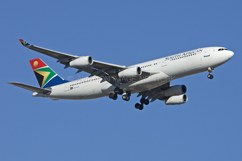ZS-SLE | Airbus A340-212 | South African Airways