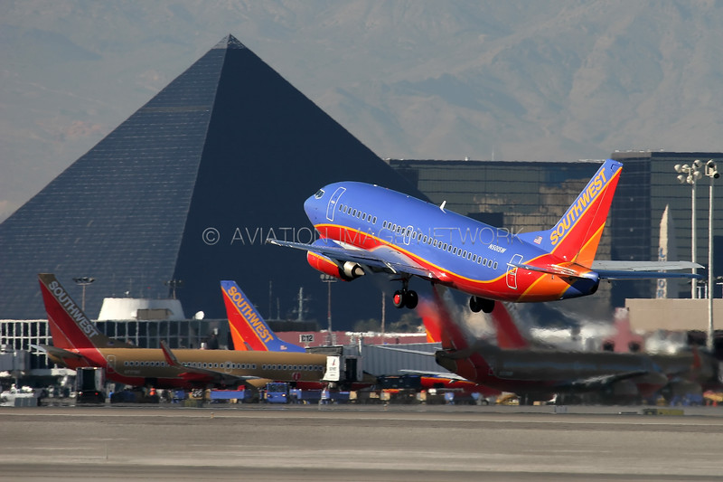 N501SW   Boeing 737-5H4   Southwest Airlines