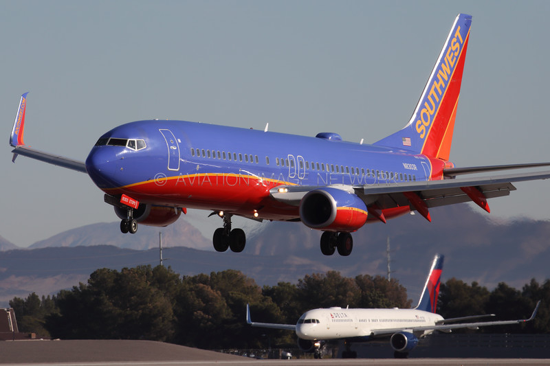 N8303R | Boeing 737-8H4 | Southwest Airlines
