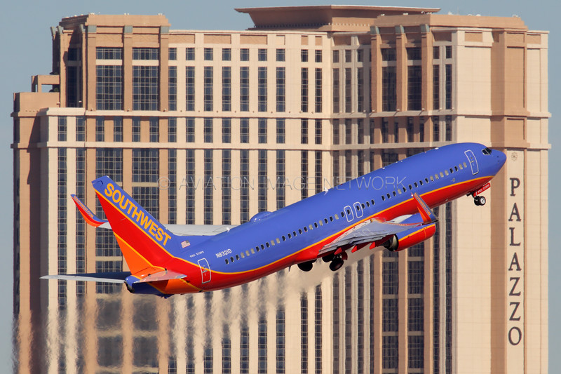 N8321D | Boeing 737-8H4 | Southwest Airlines