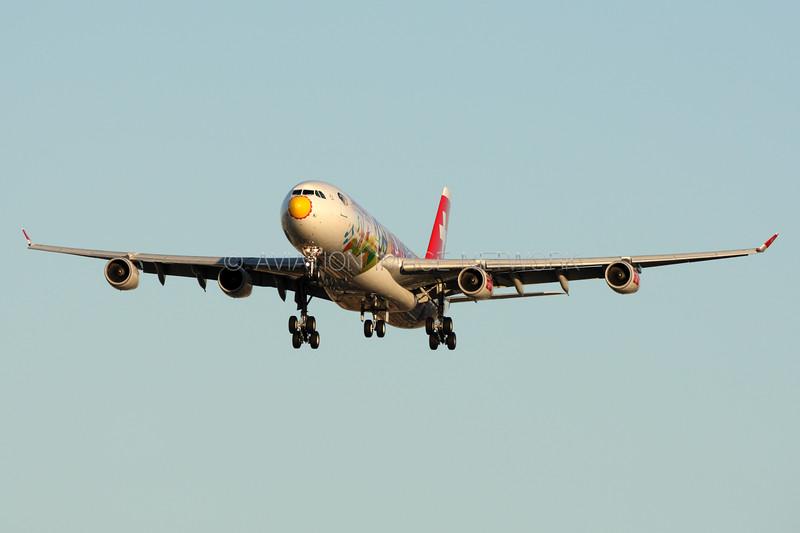 HB-JMJ   Airbus A340-313   Swiss International Airlines