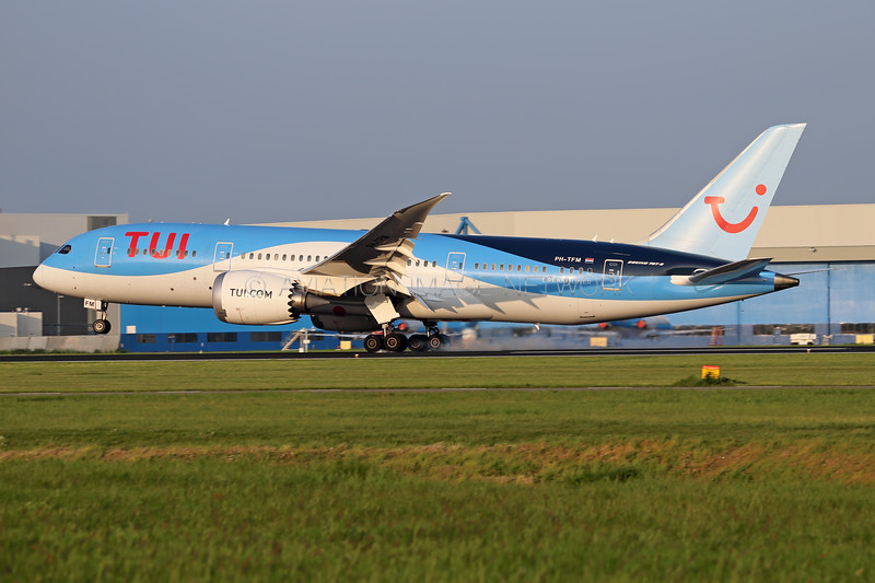 PH-TFM   Boeing 787-8   TUI Airlines Netherlands