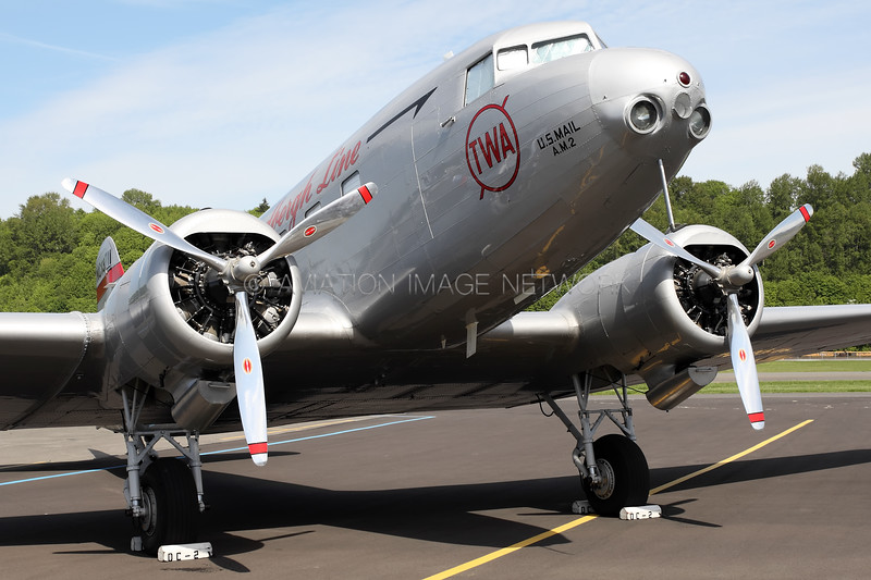 NC13711 | Douglas DC-2-118B | Trans Continental and Western Air
