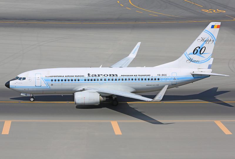 YR-BGG   Boeing 737-78J   Tarom