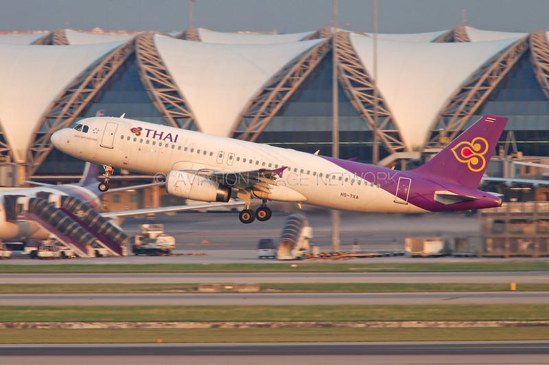 HS-TXA | Airbus A320-232 | Thai Airways