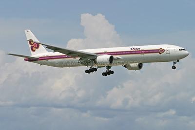 HS-TKF   Boeing 777-3D7   Thai Airways