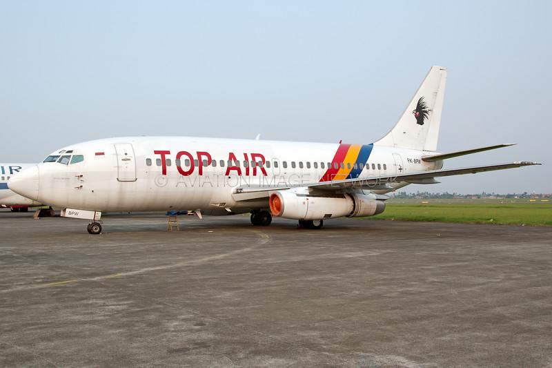 PK-BPW | Boeing 737-230 | Top Air