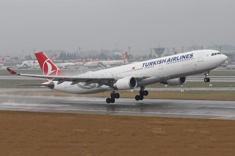 TC-JOK   Airbus A330-303   Turkish Airlines